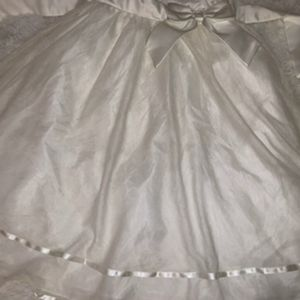 Rare Editions Dresses - Girls sz 12 off-white dress w/ pearl accent